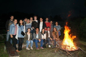 Members at the HanseMUN bonfire 2015